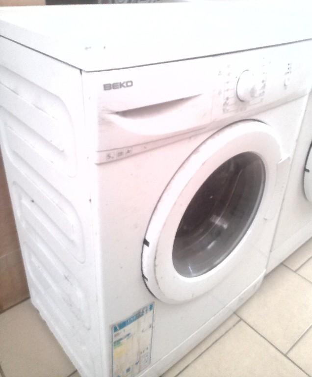 lave linge beko 5 kg machine economique en bon etat abidjan. Black Bedroom Furniture Sets. Home Design Ideas
